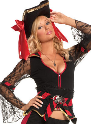 Sexy Treasure Hunting Temptress Pirate Costume