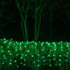 100 4' x 6' Green LED Net Lights on Green Wire